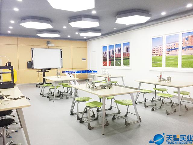 创客教育与创客教室的关系